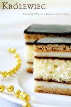 To jeden z najstarszych przepisów jakie posiadam i aż sama sobie się dziwię, że jeszcze go tu nie podawałam. Ciasto składa się z biszkopt... Polish Desserts, Polish Recipes, No Bake Desserts, Delicious Desserts, Polish Food, Sweet Recipes, Cake Recipes, Hungarian Cake, European Dishes