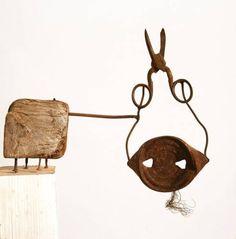 Rubrikabrac - On est bien chez laurette Chez Laurette, Art Brut, Art Thou, Contemporary Sculpture, Driftwood Art, Wire Art, Art Plastique, Metal Art, Folk Art