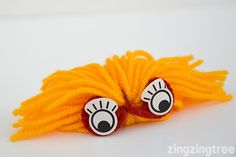 Learn How To Make These Easy Mischievous Yarn Monsters Yarn Crafts For Kids, Crafts For Teens, Diy For Kids, Easy Crafts, Drinking Straw Crafts, Yarn Monsters, Beaded Christmas Ornaments, Craft Club, Loom Knitting