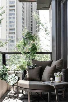New Chinese style + high-grade gray, showing nobleness Apartment Design, Apartment Living, Home Interior Design, Interior Styling, Outdoor Balcony, Balcony Ideas, Apartment Balconies, Balcony Design, Design Case