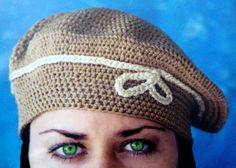 Boina clásica tejida a crochet