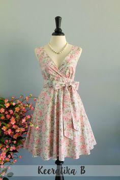 My Lady II Spring Summer Sundress Pastel Floral Party Dress FLoral Bridesmaid Dress Tea Dress Vintage Design Floral Dress XS-XL