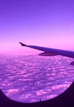 Purple Aesthetic Discover that aesthetic crack aesthetically unaesthetic Violet Aesthetic, Dark Purple Aesthetic, Lavender Aesthetic, Rainbow Aesthetic, Sky Aesthetic, Aesthetic Colors, Aesthetic Images, Aesthetic Collage, Purple Aesthetic Background
