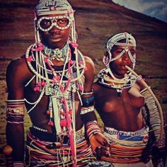 A Xhosa couple, South Africa. A Xhosa couple, South Africa. Cultures Du Monde, World Cultures, African Tribes, African Women, African Beauty, African Fashion, African Style, Costume Tribal, Black Is Beautiful