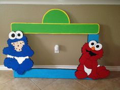 SESAMO STREET Styrofoam Frame, excellent for your parties picture booth!!! $35.00 eva.pedraza@gmail.com