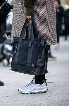 Backpacks, briefcases and messengers… Oh my. When it comes to bags, there's a lot going on for SS17. Luckily we've condensed everything you need to know into this quick and handy guide.