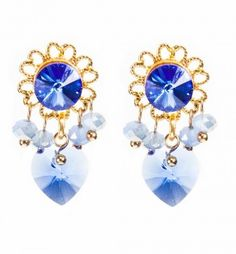 Look majorly elegant in our earring Blizzard. A Sapphire Swarovski stone with a Sapphire Swarovski little heart. Post back. Looks best paired with our bracelet Blizzard in blue dyed cow leather. Length = 3 cm HTTPS://WWW.SCMYK.NL/SHOP/ITEM/EARRING-BLIZZARD-110.HTML