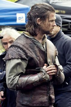 Chris Hemsworth as the Huntsman.......sooooooooo fine