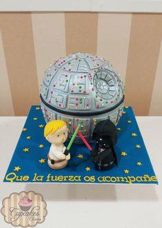 Tarta estrella de la muerte  Starwars dead star cake