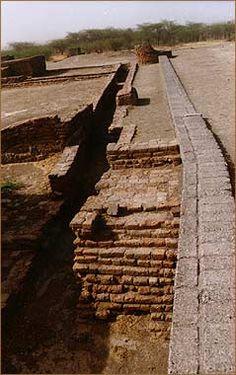 essay drainage system harappan civilization