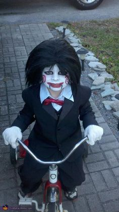 Mini Saw halloween costume... See @Renata Spadafora, this is normal for Halloween!!!