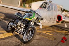 BMW R1100 Cafe Racer by Flatmaxx Atelier #motorcycles #caferacer #motos | caferacerpasion.com