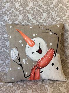 me ~ Snowman Pillow Cover Decor Winter Christmas hand painted Noel Christmas, Christmas Pillow, Diy Christmas Ornaments, Winter Christmas, Holiday Crafts, Christmas Wreaths, Christmas Cover, Black Christmas, Etsy Christmas