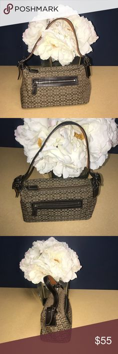 Coach Purse Small Small but mighty. Beautiful condition. Older version. Lovely purse! Coach Bags