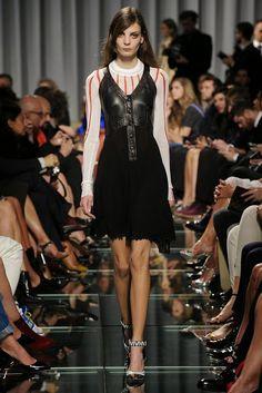 Louis Vuitton Resort Collection / 15