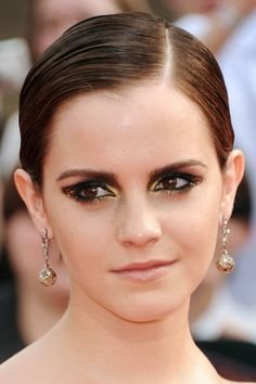 Emma Watson, Harry-Potter and the Deathly Hallows Part 2 premiere, 2011 http://beautyeditor.ca/2013/11/22/emma-watson-before-and-after/