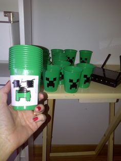 A very good idea for any DIY minecraft birthday party.