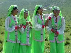 Bonan Girls | the smallest group amongst the ethnic groups of China