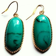 BEAUTIFUL EMERALD GREEN DANGLE EARRINGS Gorgeous pop of color!  Emerald green resin set in gold with beautiful gold earwire. Lightweight and super chic! Perfect for day to evening glam! 1.5 inches Nickel Free shopjewelry  Jewelry Earrings
