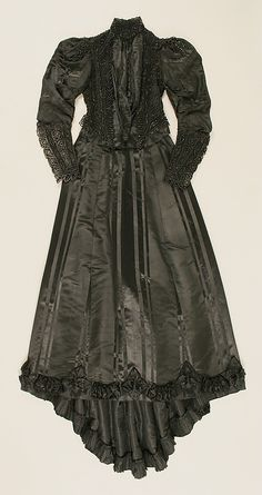 Dress  Emile Pingat (French, active 1860–96)  Date: 1891–93 Culture: French Medium: silk