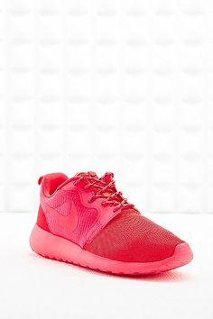 Nike Roshe Run Trainers in Coral  - Urban Outfitters