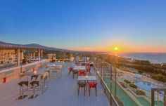 Amazing views from the rooftop of in A truly amazing experience. Sky Bar, Hotel Suites, Minimal Design, Strand, Rooftop, Minimalism, Greece, Amazing, Modern