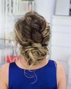 Hair by me @danielatreffer_makeupartist // #instadaily #instabride #bride #beauty #blonde #braids #updo #braut2018 #braut2017 #wedding #weddinghair #weddingdress #weddingmakeup #frankfurt #pretty #mua #mua�� #makeupartist #mywork #style #styling #stylist #weddingstylist #bridetobe #bridesmaids #hochzeit http://gelinshop.com/ipost/1517969460861645536/?code=BUQ6S6ejLLg