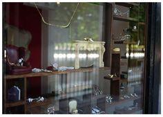 #missbibi #miniature #shop #boutique #palais #royal #paris #capital #bijoux #jewelry #vintage #original #style #lifestyle #shopping