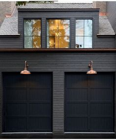 Dark Exterior Color Trend: Why We Love It – Studio McGee It's quite simple to really have a home that … Exterior Gris, Black House Exterior, House Paint Exterior, Exterior House Colors, Interior Exterior, Exterior Design, Exterior Paint Colors, Garage Exterior, Garage Door Design