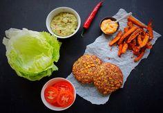 Spis snasket burger og pomfritter med god samvittighed. Den er god nok - få opskriften her