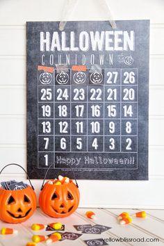 Free Printable Chalkboard Halloween Countdown chalkboards, halloween printabl, printabl halloween, chalkboard halloween, haunted houses, halloween countdown, printabl chalkboard, free printabl, halloween ideas