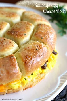 Pull Apart Sausage Egg And Cheese Rolls - Like you I'm always looking for new ways to serve the classic flavors my family loves. Enter pull apart sausage egg and cheese rolls. While we love breakfast foods in general, we tend to eat them more for brunch o Breakfast Desayunos, Breakfast Items, Breakfast Dishes, Breakfast Recipes, School Breakfast, Breakfast Sandwiches, Egg Dishes For Brunch, Breakfast Cooking, Simply Yummy