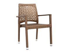 Cu spătar ornamentat, scaunul Altea este un model elegant pentru exterior. Fibrele sintetice care îmbracă structura imită ratanul și prezintă protecție UV.