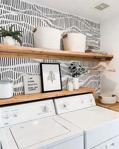 Diy Interior, Interior Simple, Interior Design, Laundry Closet Organization, Organization Ideas, Laundry Shelves, Organizing Life, Closet Shelves, Home Design