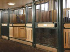 front wall individual #stables #pferdeboxen