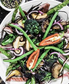 Superfood salad with miso tahini dressing: A healthy summer salad that packs a nutritional punch Healthy Recipes, Real Food Recipes, Salad Recipes, Vegetarian Recipes, Cooking Recipes, Skinny Recipes, Healthy Foods, Yummy Recipes, Yummy Food