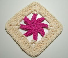 From 101 Crochet Squares by Jean Leinhauser (1996).