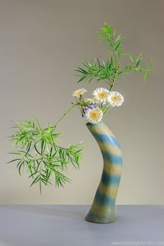 Ikebana: Photo by Ben Huybrechts