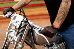Shop Motorcycle Riding Gloves at Deadbeat Customs Motorcycle Riding Gloves, Deer Skin, Biker Style, Leather Gloves, Bobber, Shopping, Ideas, Motorbikes