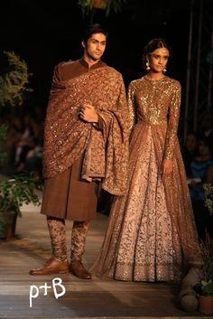 Delhi Couture Week 2013 Sabyasachi Bridal Collection 19