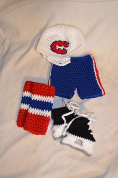 Beyond adorable!  Would so need as Buffalo Sabres though! Infant Made To Order Hockey set photo prop. $45.00, via Etsy.