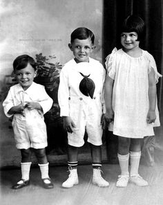 Margarita Cansino (later known as Rita Hayworth) with her two brothers Vernon and Eduardo, 1924