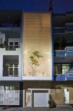 [건축] 절로 기분좋아지는 그린인테리어로 꾸며진 베트남 소형타운하우스 Nhabeo House Architects : T...