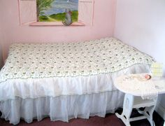 Vintage Bedspread Double Bed Two Tiered Lace by mailordervintage