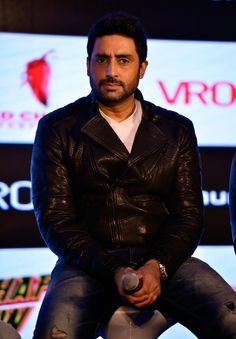 Abhishek Bachchan at the 'Happy New Year' mobile game success bash.