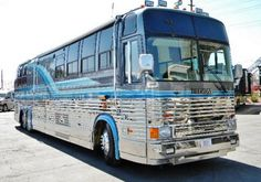 Search the extensive selection of units right here in Tucson, AZ. You'll find just what you're looking for right here at Freedom RV. Prevost Bus, Coaches, Tucson, Motorhome, Travel Style, Diesel, Rv, The Unit, Cool Stuff