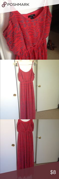 Forever 21 printed maxi dress Coral/red color maxi dress with grey geometric print all over. The underskirt that lines the dress is a mini skirt Forever 21 Dresses Maxi