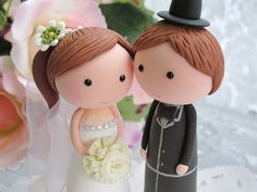 lovely bride and groom cake topper Bride And Groom Cake Toppers, Wedding Cake Toppers, Cupcake Toppers, Fondant Tips, Fondant Cakes, Bachelor Cake, Anniversary Cupcakes, Buckwheat Cake, Creative Area