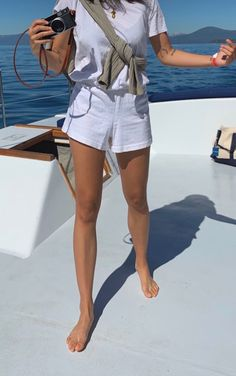 Estilo Ivy, Segel Outfit, Mode Outfits, Fashion Outfits, Estilo Fitness, Cooler Look, Summer Aesthetic, Mode Inspiration, Travel Inspiration
