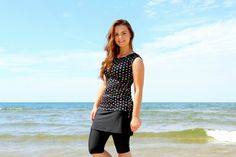 SwimBottoms Modest Swim skirt with attached leggings/shorts Swimsuit With Shorts, Swimsuit Cover Ups, Modest Swimsuits, Modest Dresses, Jogging, Modest Workout Clothes, Casual Skirt Outfits, Swim Skirt, Moda Fitness